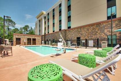 Pool | Hampton Inn & Suites Southport