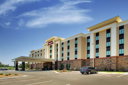 Exterior | Hampton Inn & Suites Southport