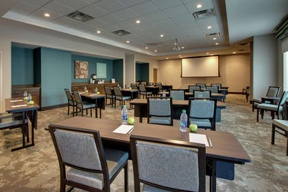 Meeting Room | Hampton Inn & Suites Southport