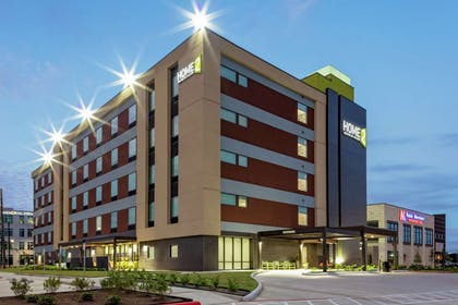 Exterior | Home2 Suites by Hilton Rosenberg/Sugar Land Area