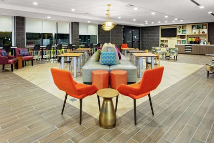 Lobby | Home2 Suites by Hilton Rosenberg/Sugar Land Area