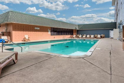 Outdoor pool | Comfort Inn & Suites Glen Mills - Philadelphia