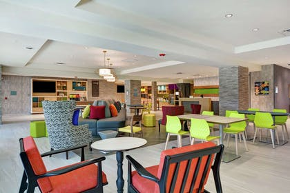 Lobby | Home2 Suites by Hilton Jacksonville-South/St. Johns Town Ctr