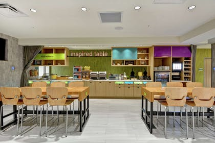 Breakfast Area | Home2 Suites by Hilton Jacksonville-South/St. Johns Town Ctr
