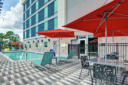 Pool | Home2 Suites by Hilton Jacksonville-South/St. Johns Town Ctr