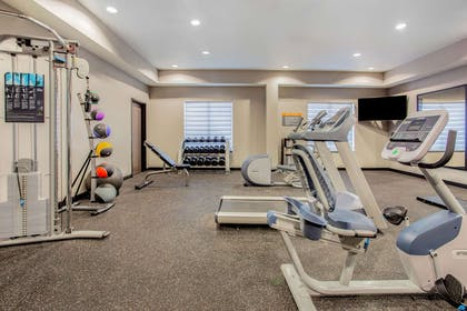 Health club | La Quinta Inn & Suites by Wyndham Northlake Fort Worth