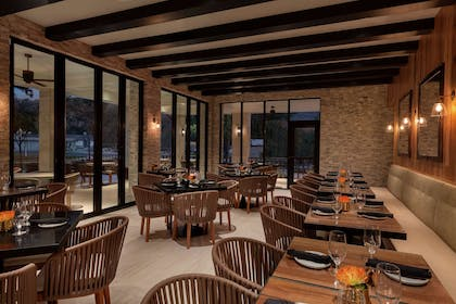 Restaurant | Hoodoo Moab, Curio Collection by Hilton
