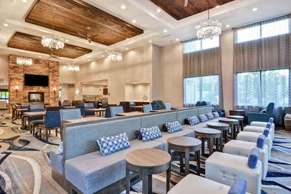 Lobby | Homewood Suites by Hilton Poughkeepsie