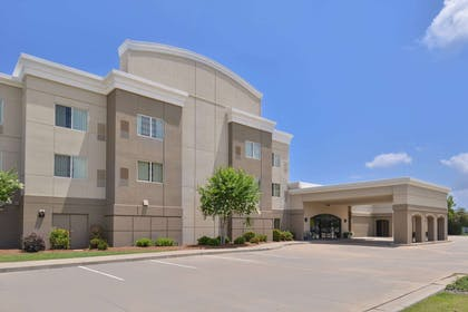 Hotel exterior | Hotel Vue, an Ascend Hotel Collection Member