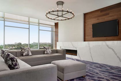 Lobby | Homewood Suites by Hilton Chicago Downtown South Loop