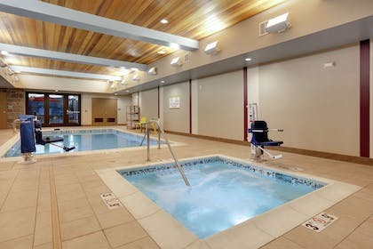 Pool | Home2 Suites by Hilton Yakima Airport