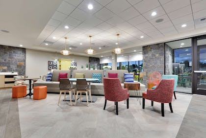 Lobby | Home2 Suites by Hilton Yakima Airport