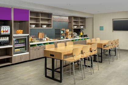 Breakfast Area | Home2 Suites by Hilton, Phoenix Airport South