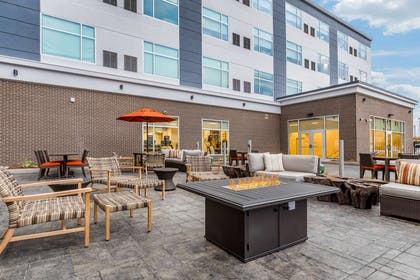 Hotel patio | Cambria Hotel Milwaukee Downtown
