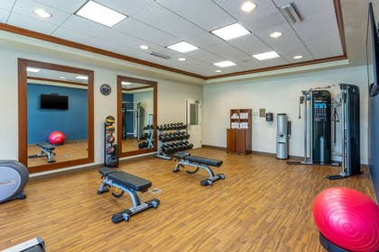 Exercise room | Comfort Inn & Suites