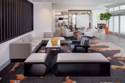 Lobby | Hyatt House Mount Pleasant-Midtown