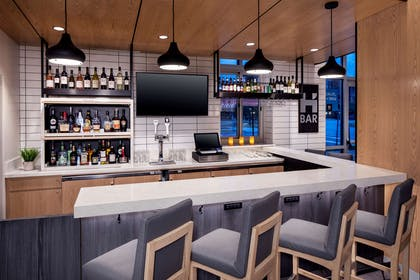 Bar Lounge | Hyatt House Mount Pleasant-Midtown