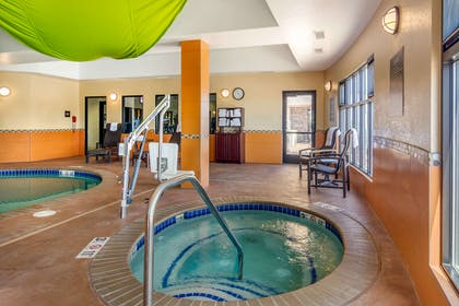 Indoor hot tub | Comfort Inn & Suites Denver Northeast