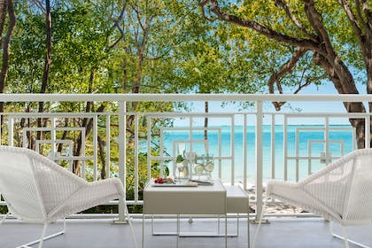 Guest room   Baker's Cay Resort Key Largo, Curio Collection by Hilton
