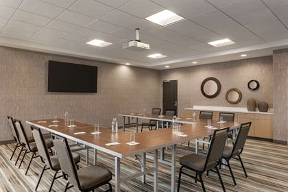 Meeting Room | Home2 Suites by Hilton Madison Central Alliant Energy Center