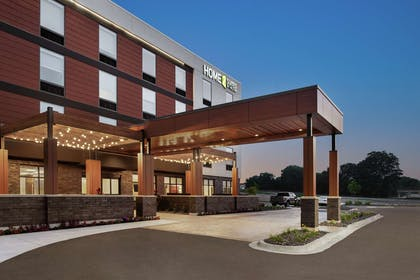 Exterior | Home2 Suites by Hilton Madison Central Alliant Energy Center
