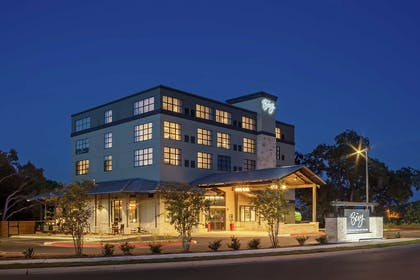 Exterior | The Bevy Hotel Boerne, a DoubleTree by Hilton