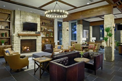 Lobby | The Bevy Hotel Boerne, a DoubleTree by Hilton