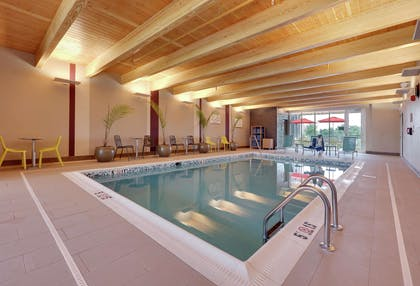 Pool | Home2 Suites BY Hilton Hagerstown