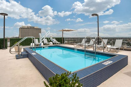 Outdoor pool   The Marquee, an Ascend Hotel Collection Member