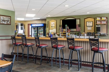 Pro Shop | Traditions Hotel & Spa, an Ascend Hotel Collection Member