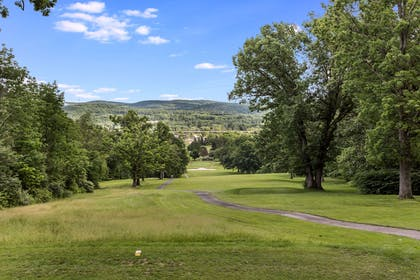 Golf course | Traditions Hotel & Spa, an Ascend Hotel Collection Member