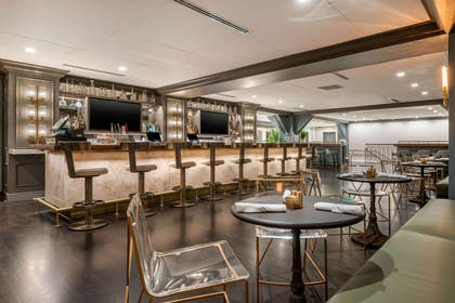 Hotel bar | Cambria Hotel Houston Downtown Convention Center