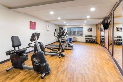 Fitness center | Comfort Inn