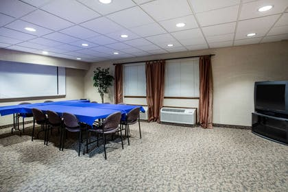 Meeting Room | Travelodge by Wyndham Colorado Springs Airport/Peterson AFB