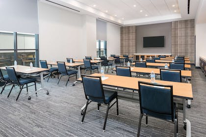 Meeting Room | Hyatt House Chicago West Loop