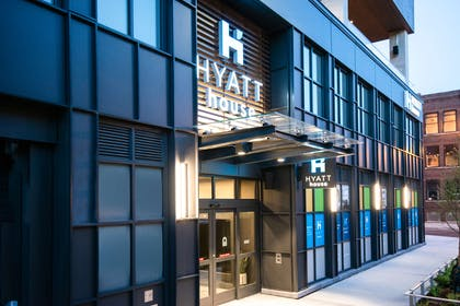 Exterior | Hyatt House Chicago West Loop