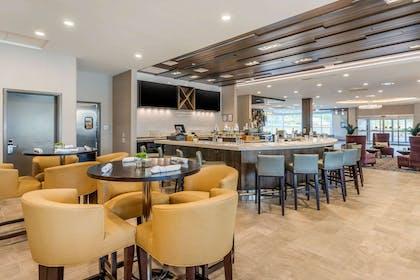 On-site restaurant | Cambria Hotel Fort Mill