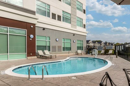 Outdoor pool | Cambria Hotel Fort Mill