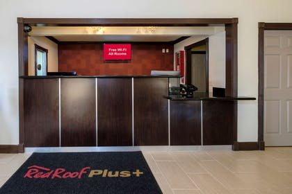 Lobby Plus | Red Roof Inn Hammond
