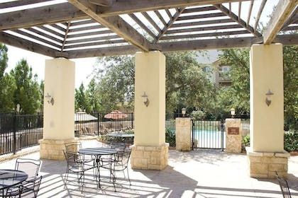 OutsideDeck   Arbor Inn and Suites