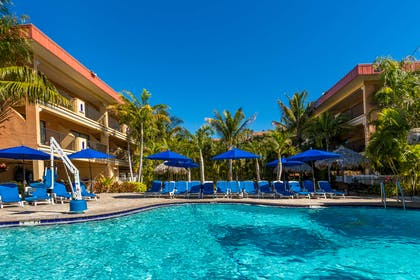 pool | Coconut Cove All-Suite Hotel