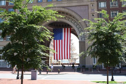Gateway to the City | Boston Harbor Hotel