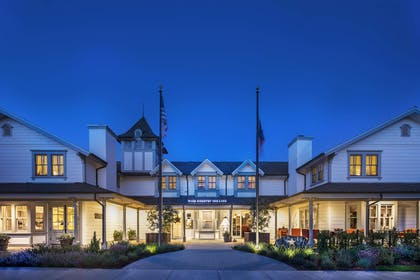 Exterior view | Fess Parker Wine Country Inn