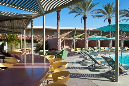 OH Pool Bar | Hotel Valley Ho