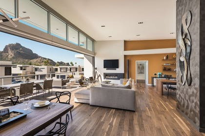 Three-Bedroom Penthouse South | Mountain Shadows