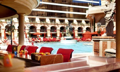 Pool bar | Peppermill Resort Spa Casino
