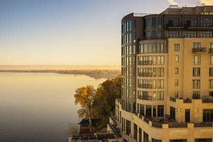 Exterior view | The Edgewater