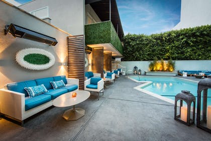 Exterior view | Mosaic Hotel - Beverly Hills