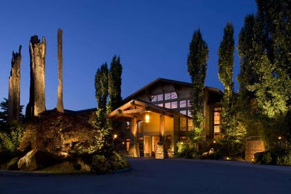 Exterior view | Willows Lodge