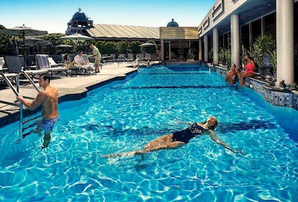 Pool view | Windsor Court Hotel
